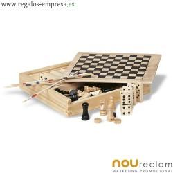 Juegos en caja de madera